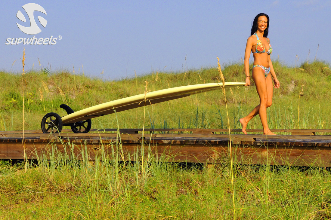 carrying paddle board with wheels