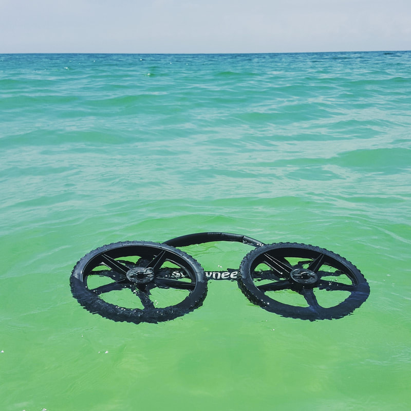 SUP Wheel in water they float